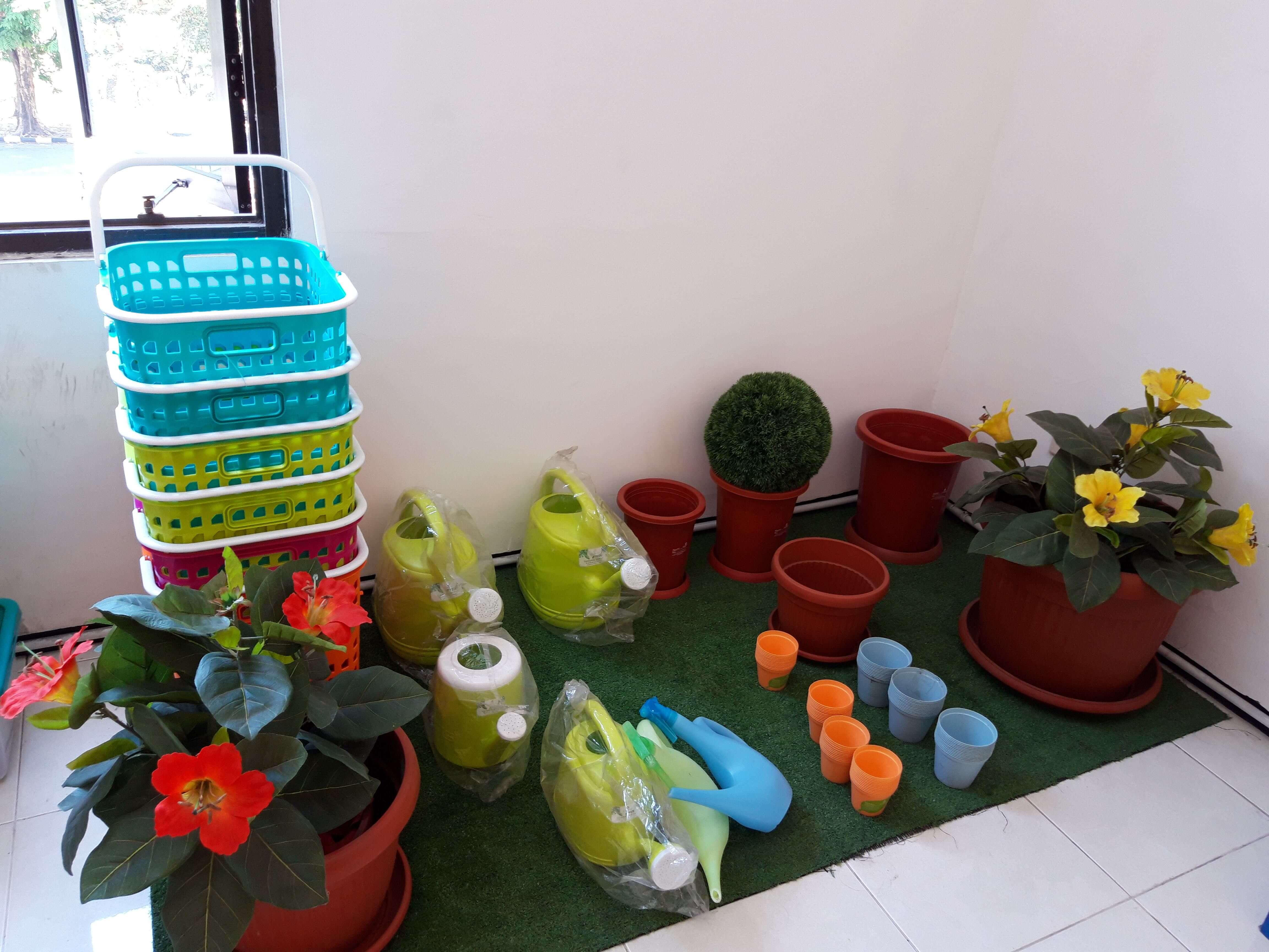 Claris Home Ware dekorasi taman